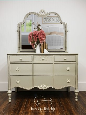September 2018 ~ 'Perfectly Imperfect' Antique Bedroom Suite